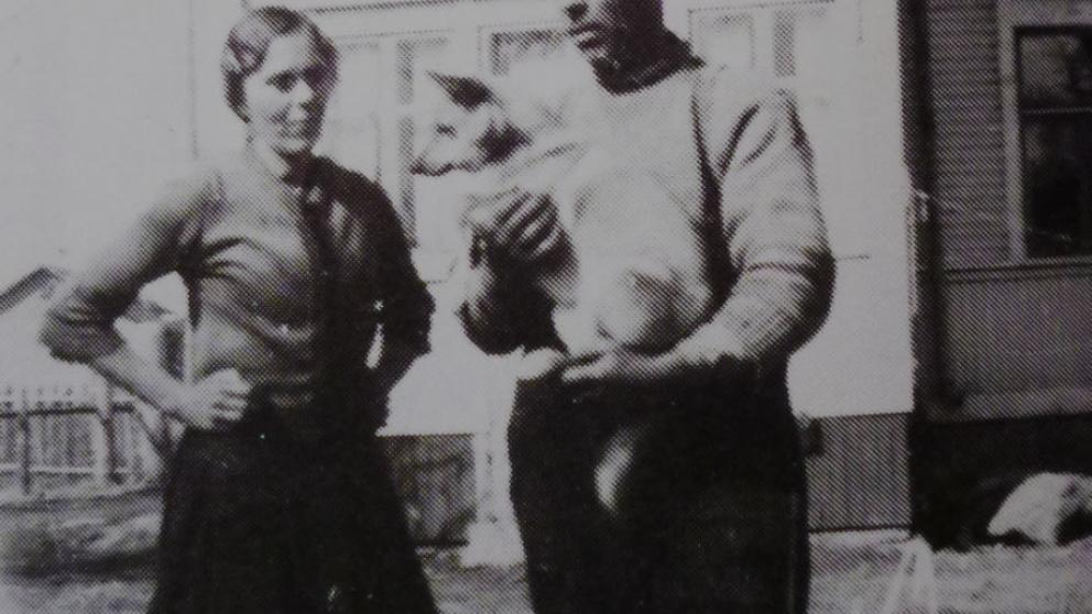 John Ekman with wife Serafina and dog Bella in the garden of Kirkkokatu 65.